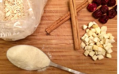 Easy oats for a quick and healthy camping breakfast